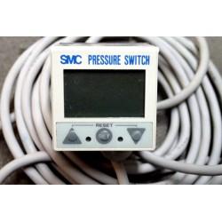 SMC ZSE4B-01-26L-Q Pressure...