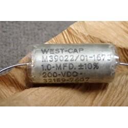 M39022/01-1673 1uF 200VDC...